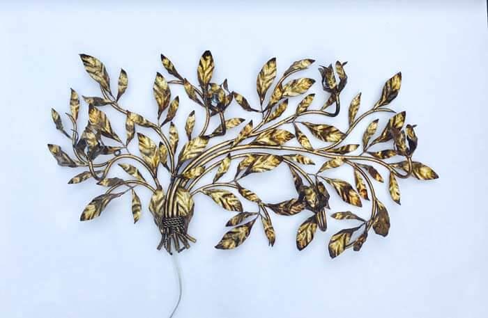 Gilt Floral Italian Wall Sconce