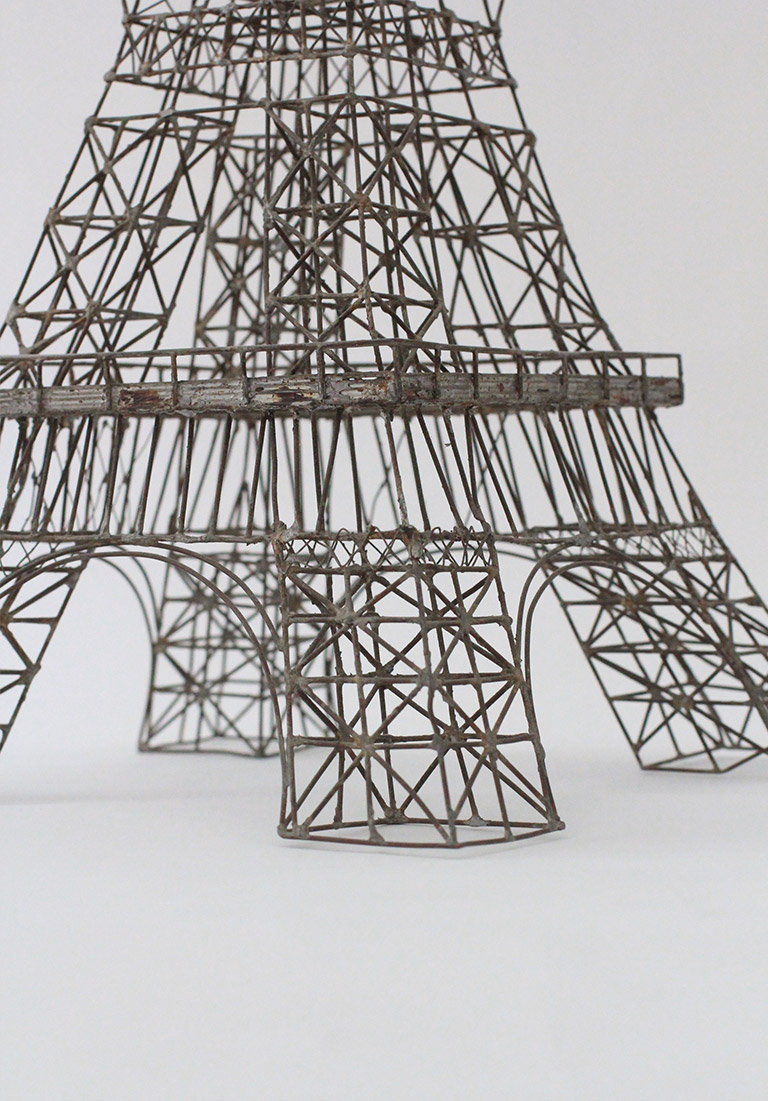 Metal Wire Eiffel Tower Model