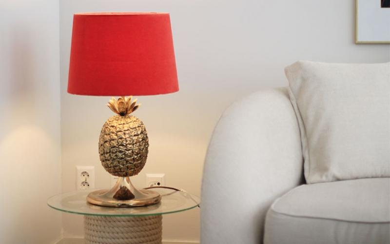 Brass Pineapple Table Lamp